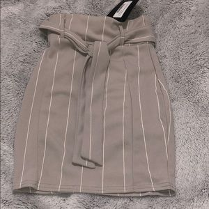 Grey stripped skirt